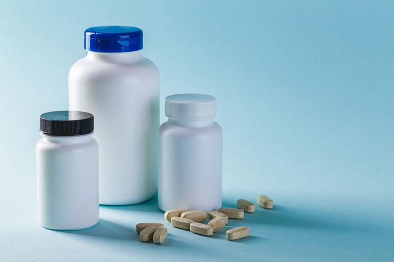 поставка медикаментов
